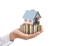 Schützen Sie Ihr Haus in der Hand Lizenzfreies Stockbild