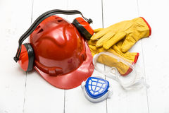 Schützende Arbeitskleidung des Baus Stockbilder