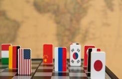 Schaakbord met vlaggen van landen Stock Afbeelding