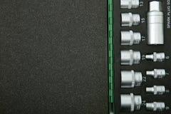 Schablone von Sockelschlüsseln in einem Fall mit Schaumgummi mit Kopienraum lizenzfreies stockbild