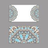Schablonen für den Gruß und Visitenkarten, Broschüren, Abdeckungen mit Blumenmotiven Orientalisches Muster mandala Lizenzfreies Stockfoto