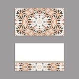 Schablonen für den Gruß und Visitenkarten, Broschüren, Abdeckungen mit Blumenmotiven Orientalisches Muster mandala Stockbilder