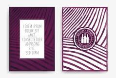 Schablonen mit Weinentwürfen Zeichnen von Reihen von Weinbergen mit Weinflecken Broschüren, Plakate, Einladungskarten, fördernd stock abbildung