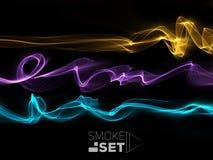 Schablonenkontrastrauch bewegt auf den schwarzen Hintergrund wellenartig, der abstr. glüht Lizenzfreies Stockfoto