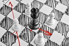 Schach Der schwarze König wird angegriffen Lizenzfreies Stockbild
