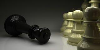 Schach-König fiel vor Pfand Stockbild