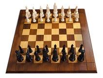 Schach-Spiel, hölzerner Schach-Vorstand, getrennt auf Weiß Lizenzfreie Stockbilder