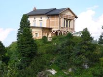 Schachenhaus na montagem Schachen fotografia de stock royalty free