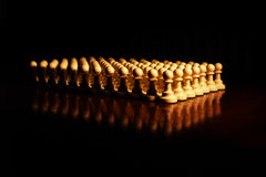 Schachfigurnahaufnahme auf dem Brett Stockbilder