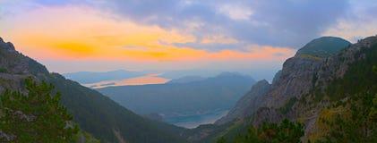 Schacht von Kotor am Sonnenuntergang, Montenegro Lizenzfreies Stockbild
