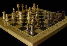 schack Schackbr?de p? en svart bakgrund arkivfoto