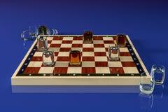 Schackbräde med exponeringsglas av alkoholdrycker, i stället för kontrollörer En torr frukost i en sked Alkoholdrycker i sköt exp royaltyfri bild
