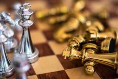 Schackbrädelek, konkurrenskraftigt begrepp för affär arkivfoto