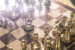 Schackbr?delek, konkurrenskraftigt begrepp f?r aff?r royaltyfria foton