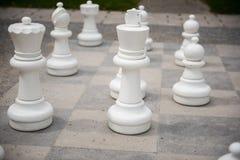 Schackdiagram på en spelplan med den startade delen Royaltyfri Foto