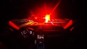 Schackningsperiod för nattkörningstid i en snabb sportbil