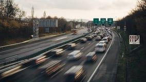 Schackningsperiod för tid för tung trafik för huvudväg stock video