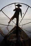 Schaduw door het visnet stock foto