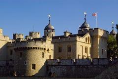 Schaduwen bij de toren van Londen stock afbeelding