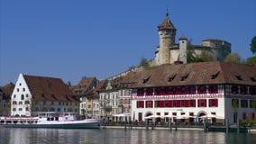 Schaffhausen avec la forteresse Munot chez le Rhin, Suisse banque de vidéos
