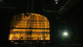 Schaffung der Landschaft im Theater stock footage