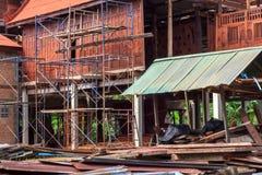 Schaffung eines thailändischen Hauses Stockfoto