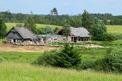 Schafherde nahe den Ruinen Lizenzfreies Stockbild