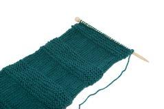 Schal auf strickender Nadel Stockfotografie