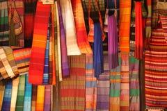 Schal auf Verkauf Stockfoto
