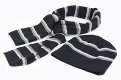Schal und Schutzkappe stockbilder