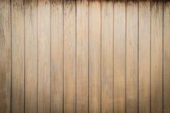 Schale alte hölzerne Beschaffenheit, Vertikale des alten Plattenhintergrundes Stockbilder
