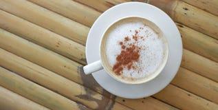 Schale Cappuccino oder Latte stockbild