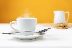 Schale heißer Kaffee Stockbilder