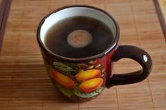 Schale mit Kaffee Lizenzfreie Stockfotos