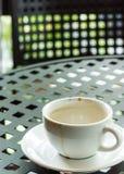 Schale mit Kaffeefleck Lizenzfreie Stockbilder