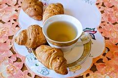 Schale mit Tee Lizenzfreies Stockfoto
