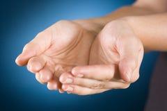 Schalenförmige Hände Stockbild