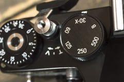Schalten Sie die Belichtungszeit der alten SLR-Kamera Lizenzfreies Stockbild
