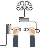 Schalten Sie Ihr Gehirn - Hände mit Stecker ein Stockbild