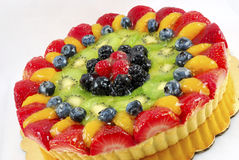 Scharfer Kuchen der Frucht lizenzfreie stockfotos