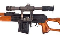 Scharfschützegewehr, Detail des teleskopischen Anblicks. Stockfotografie