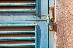 Scharnier blauw venster Royalty-vrije Stock Afbeeldingen