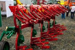 Scharnierend materiaal voor tractor Tyumen Rusland stock foto's