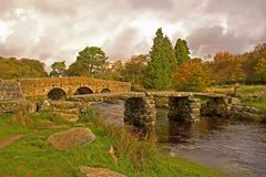 Scharnierventil-Brücke Dartmoor nationales PA Stockfoto