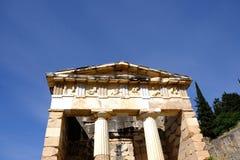 Schatkist van Athenians, Delphi, Griekenland stock afbeelding