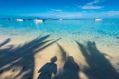 Schatten auf dem Wasser Lizenzfreie Stockbilder
