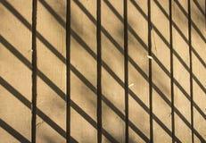 Schatten auf Steg Lizenzfreie Stockbilder