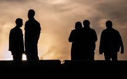 Schattenbild auf Sonnenunterganghintergrund Stockbilder