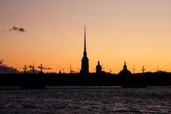 Schattenbild der Kathedrale Lizenzfreie Stockfotos
