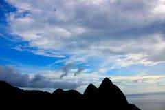 Schattenbild der Kletterhaken Lizenzfreie Stockfotos